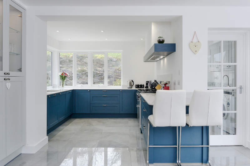 Shaker kitchen Cowbridge