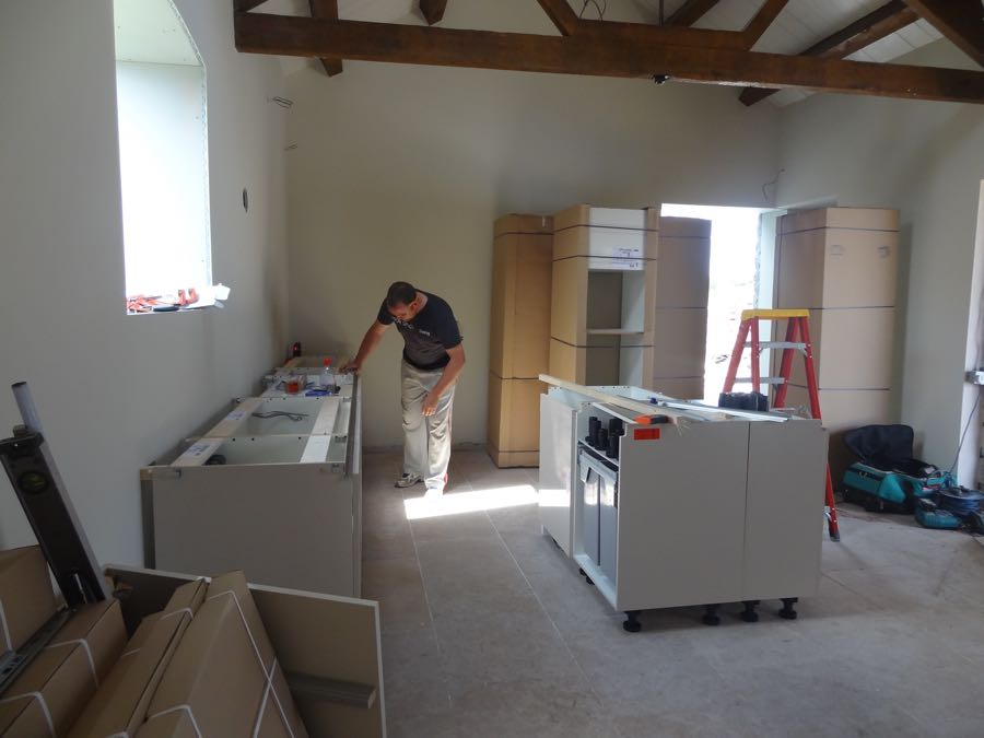 kitchen fitter in cardiff and south wales