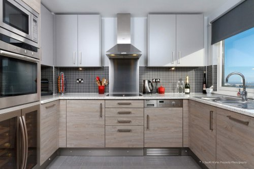 Compact kitchen in Cardiff