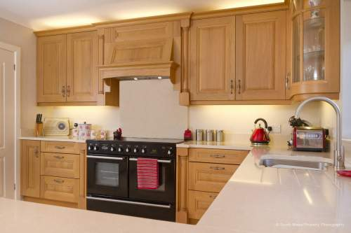traditional oak kitchens